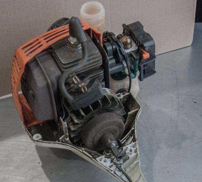 Замена поршневой группы бензотриммера Stihl FS-55