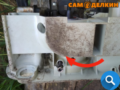Далее проверим состояние малонасоса: Чтобы извлечь плунжер маслонасоса необходимо вкрутить в него винт м5 и губцевым инструментом достать его из посадочного места в корпусе