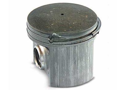 Облом части поршневого кольца: Не правильная посадка кольца в канавке при проведении ремонта Не подходящее кольцо для данного двигателя