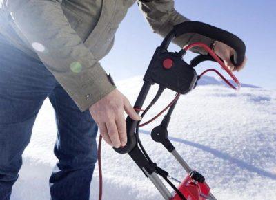 15 лучших электрических снегоуборщиков - рейтинг 2020